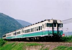 Kiha58_kiha47_tsuyama